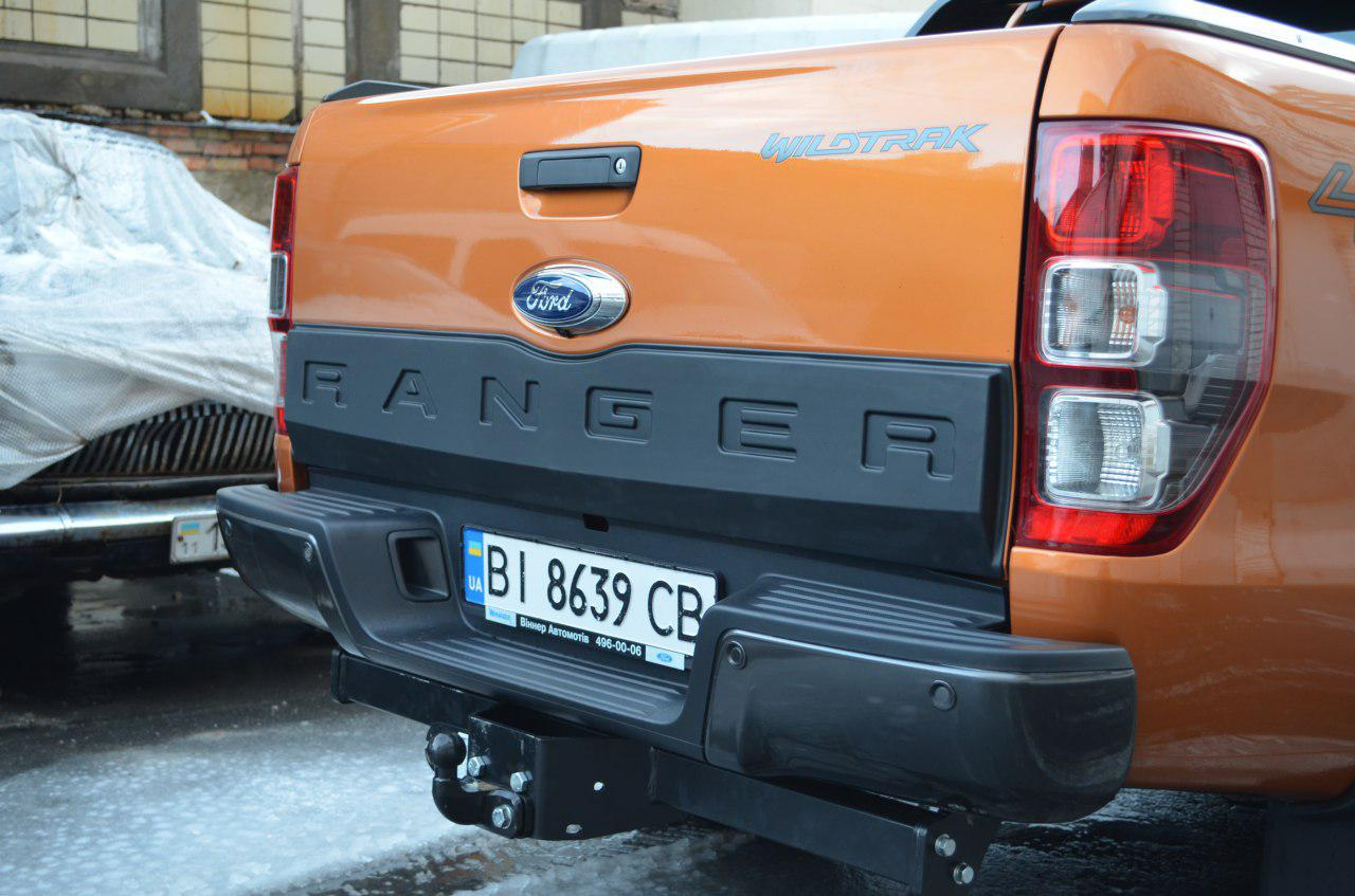 Накладка задней ляды на Ford Ranger 2013+ Safari фото