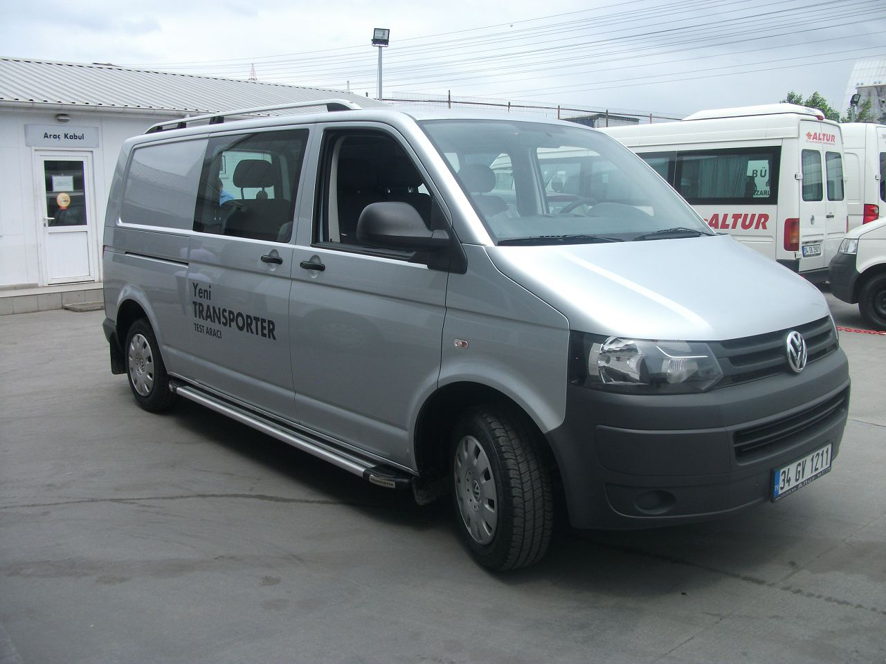 Рейлинги на Volkswagen Transporter T6 Crown фото