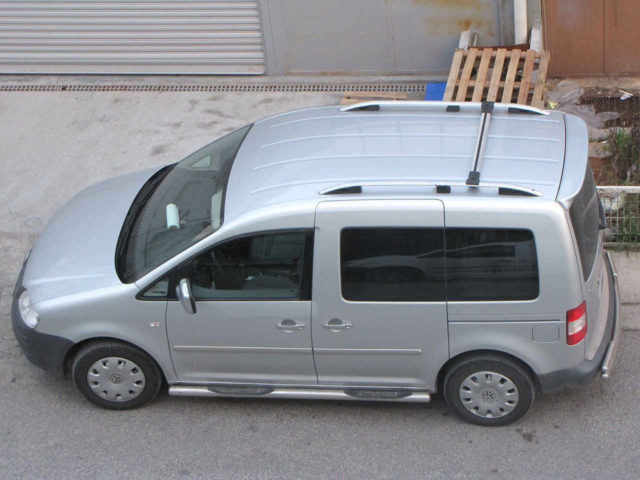 Рейлинги на Volkswagen Caddy 2004-2010 Crown фото